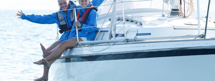 Mädchen auf der Yacht